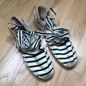 NEW Soludos Lace Up Espadrilles